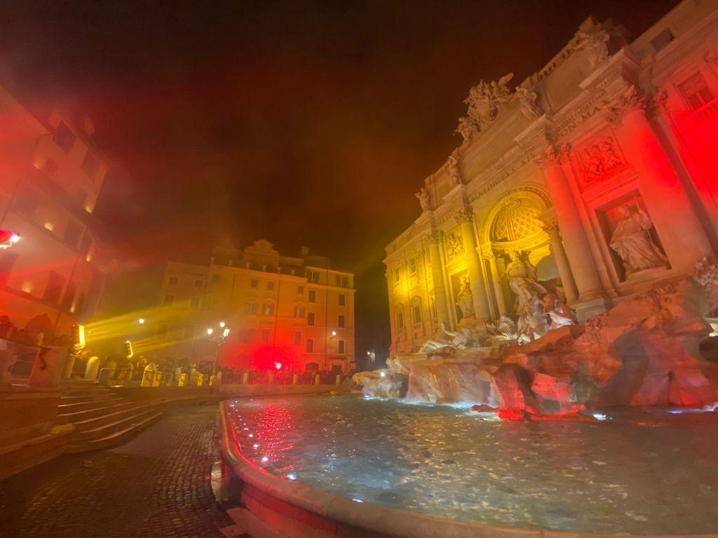 Fontana di Trevi - AS Roma - Curva Sud 3