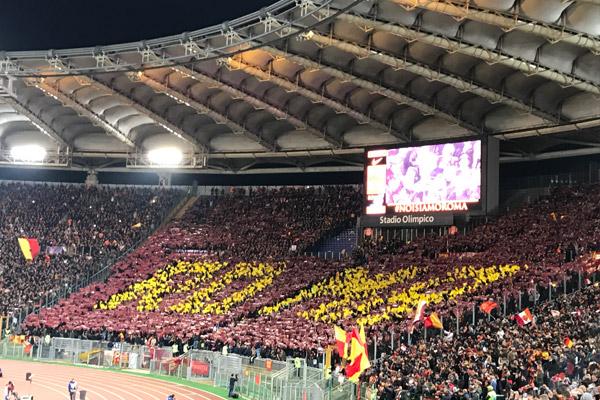 Roma - lazio 2-1: la coreografia della Curva Sud (video)