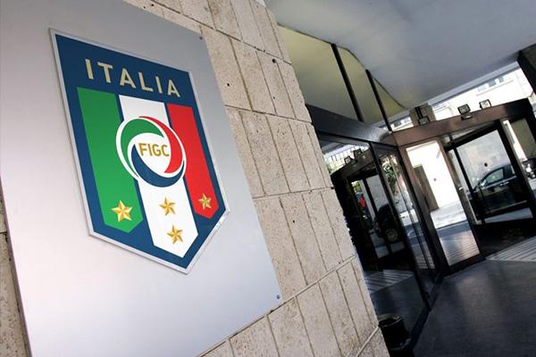 Napoli-Roma – Fienga inibito 30 giorni, squalifica di 20 al medico Manara