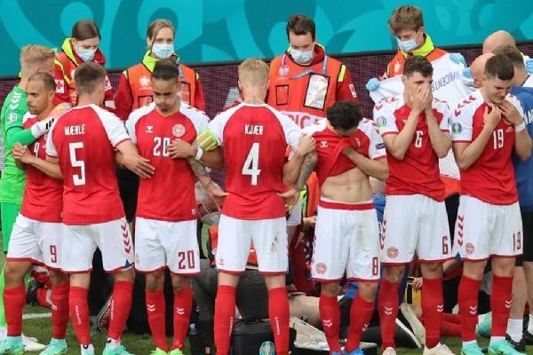 Euro 2020 - Paura per Eriksen: malore in campo