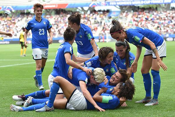 Women's World Cup - Italia travolgente: 5-0 alla Giamaica. Azzurre agli ottavi