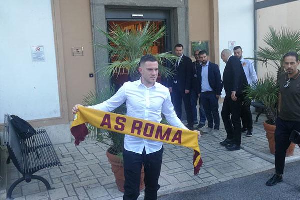 Veretout: La Roma è il club giusto per crescere. Prometto che darò il massimo
