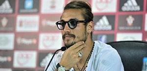 Osvaldo: A Roma avrei dovuto gestire meglio certi momenti ma lì c'è gente malata di calcio che ti insulta se non baci la maglia
