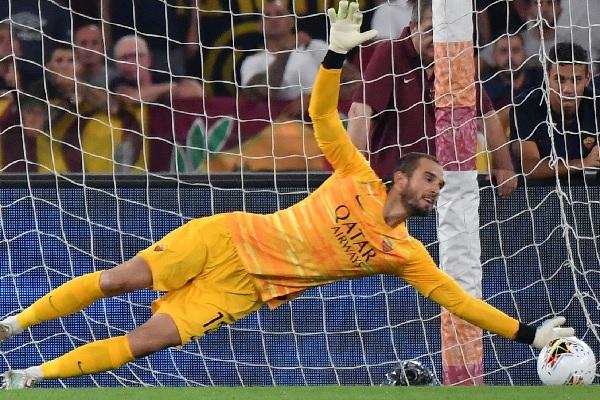AS Roma - Intervento riuscito per Pau Lopez (Nota Ufficiale)