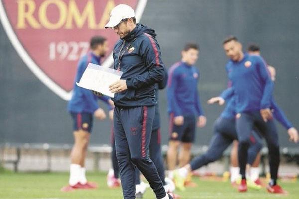 AS Roma - Allenamento odierno: individuale per De Rossi e Kolarov, terapie per Karsdorp e Perotti